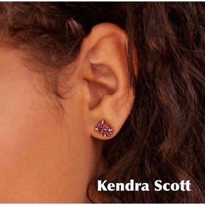 KENDRA SCOTT HARRIETT GOLD STUD EARRINGS